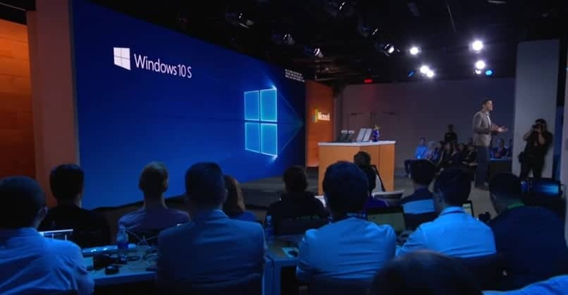 Windows 10 S unveiled, the new Windows RT?