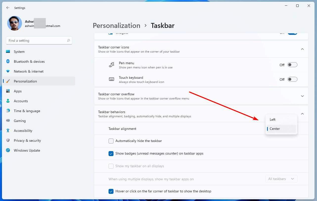 Windows 11 Taskbar alignment
